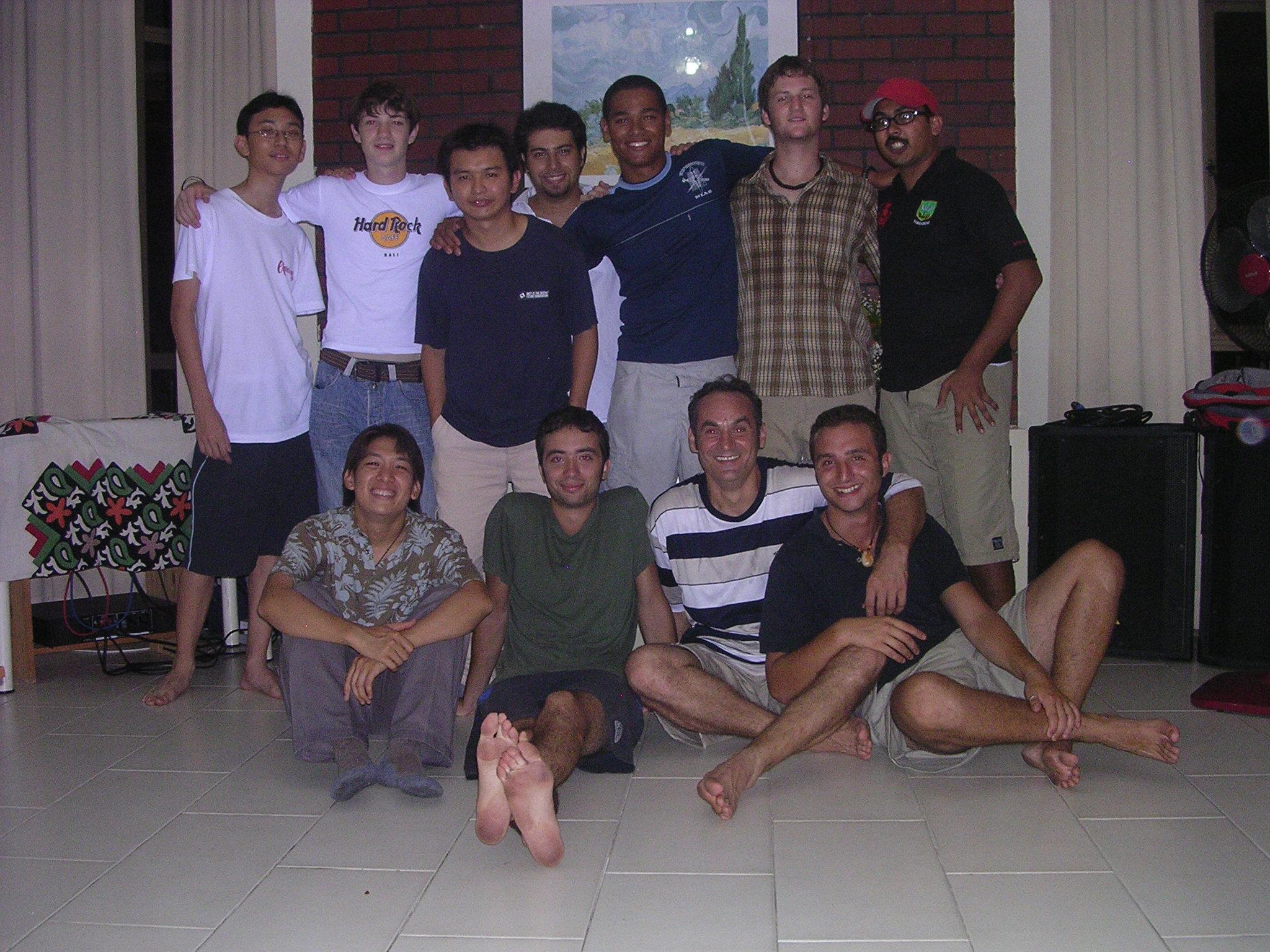 Jovens do Movimento dos Focolares de Singapura, Malásia e nós